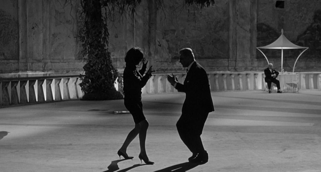 Fellini_In Post
