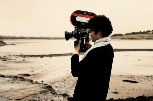 Richard-directing-The-Submarine-richard-ayoade-30993391-500-329