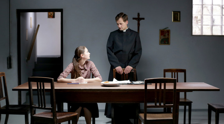"Berlinale Review: Rigor and Religion in Superb ""Kreuzweg"""