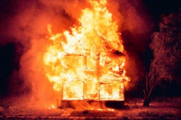 lost-river-burning-house-600x421