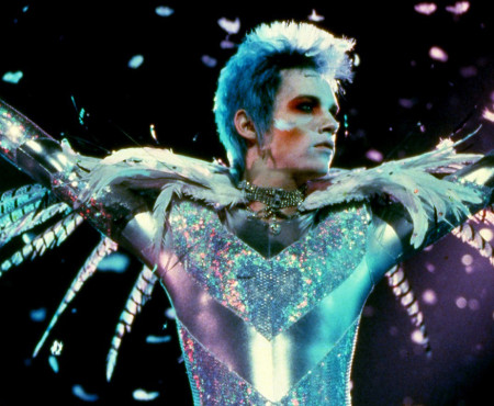 "This Week on MUBI: ""Velvet Goldmine"""